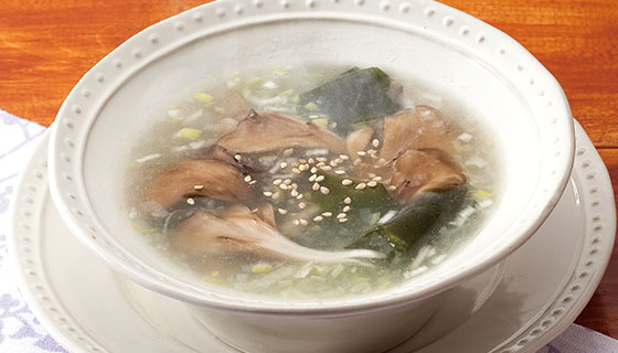 Maitake and seaweed soup